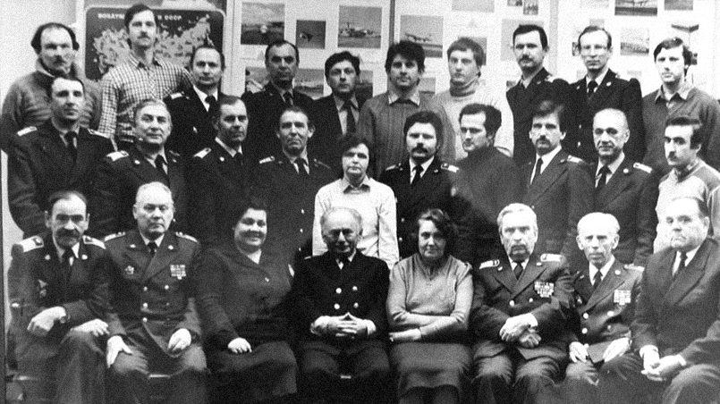 Сотрудники кафедры технологии ремонта авиационной техники РКИИГА, фото с сайта russkije.lv