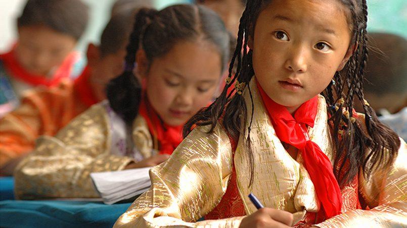 В тибетской школе / Фото: adventuretravelnews.com