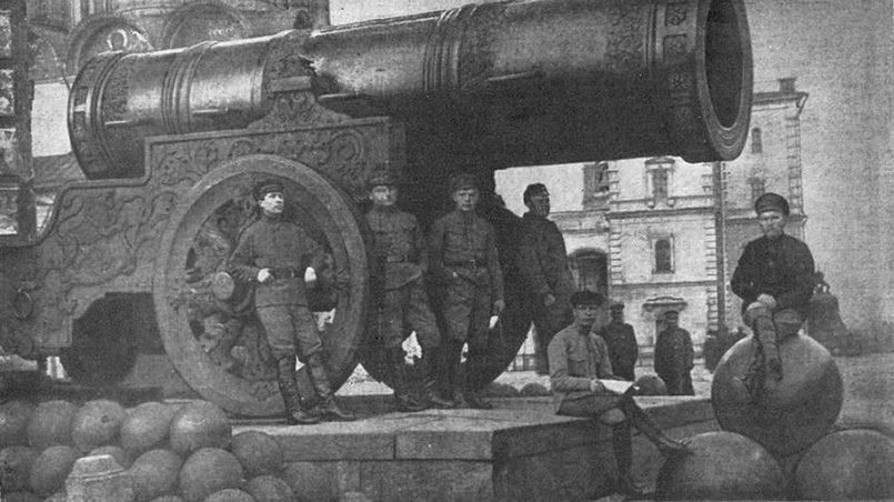 Латышские стрелки в Московском Кремле. Надежная охрана революции