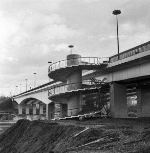 Мост через реку Нерис, соединяющий городской район Жемейи Панеряй с микрорайоном Лаздинай. К. Любшис /ИТАР-ТАСС