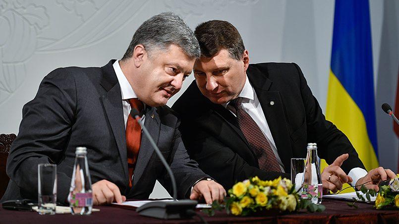 Латвия внимательно изучает украинский опыт. Фото: president.gov.ua