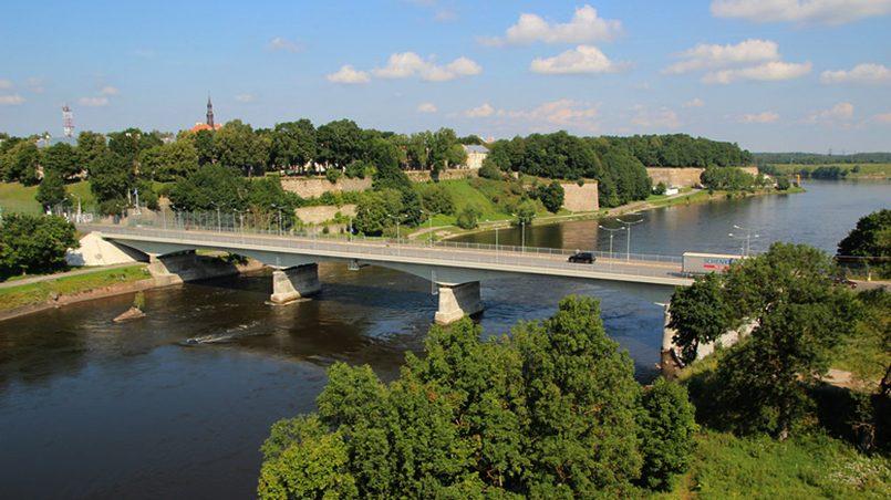 Российско-эстонская граница на реке Нарва / Фото: Евгений Голомолзин