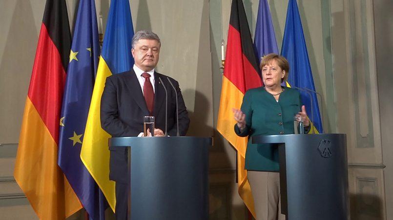 Петр Порошенко и Ангела Меркель / Фото: YouTube
