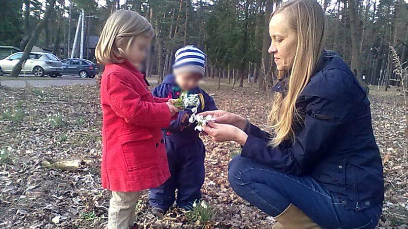 Эгле Кручинскене с детьми / Фото: 15min.lt