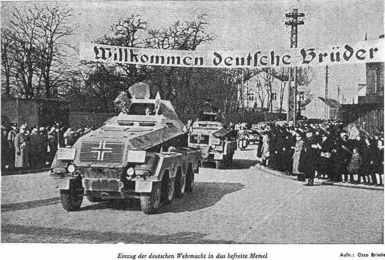 Добро пожаловать, немецкие братья. Весной 1939 года нацистским войскам местными агентами немецкого влияния был организован тёплый приём