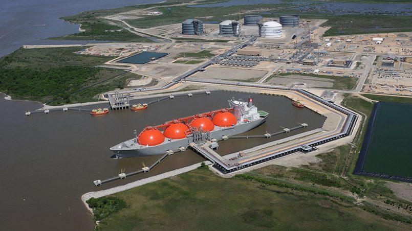 Фото: Терминал Sabine Pass компании Cheniere Energy
