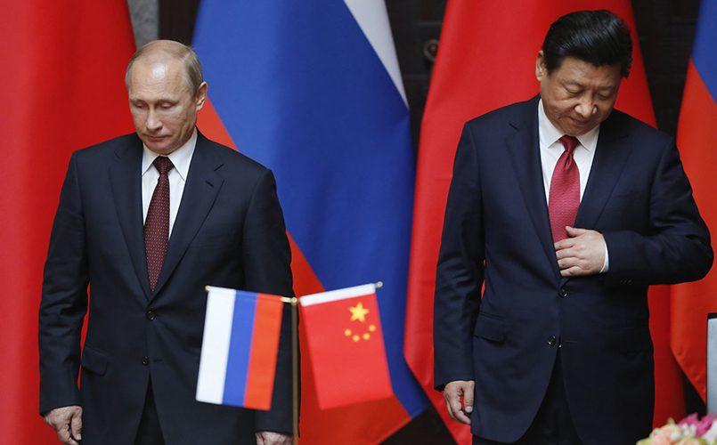 Россия и Китай были названы экзистенциальными противниками США. Президент России Владимир Путин и председатель КНР Си Цзиньпин / Фото: rossiyanavsegda.ru