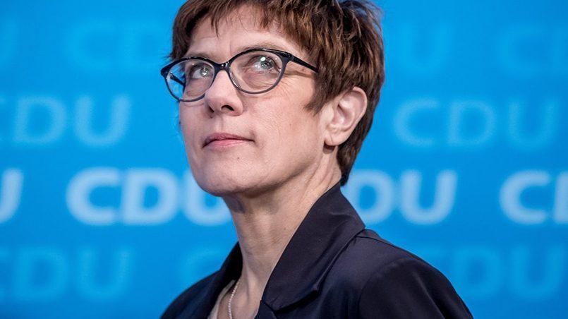 Аннегрет Крамп-Карренбауэр / Фото: img.zeit.de