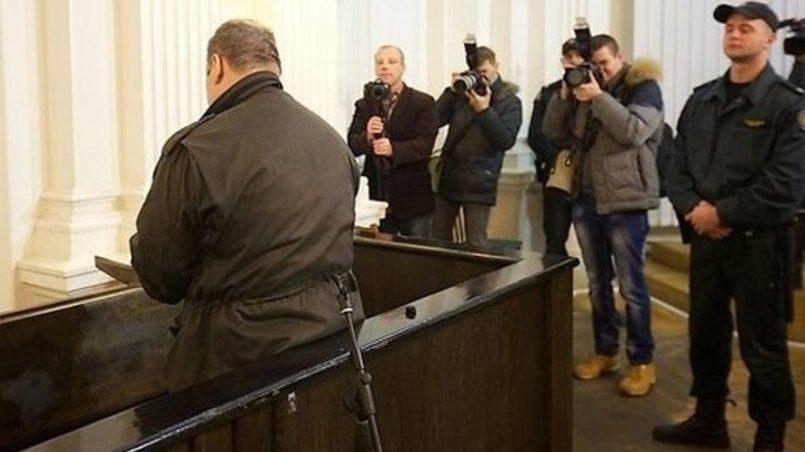 Kaliningradiečio Jurijaus Melio teismas — jis Lietuvoje teisiamas kaip tarybinis karininkas, dalyvavęs Vilniuje 1991m. sausio įvykiuose. / Nuotr.: klops.ru