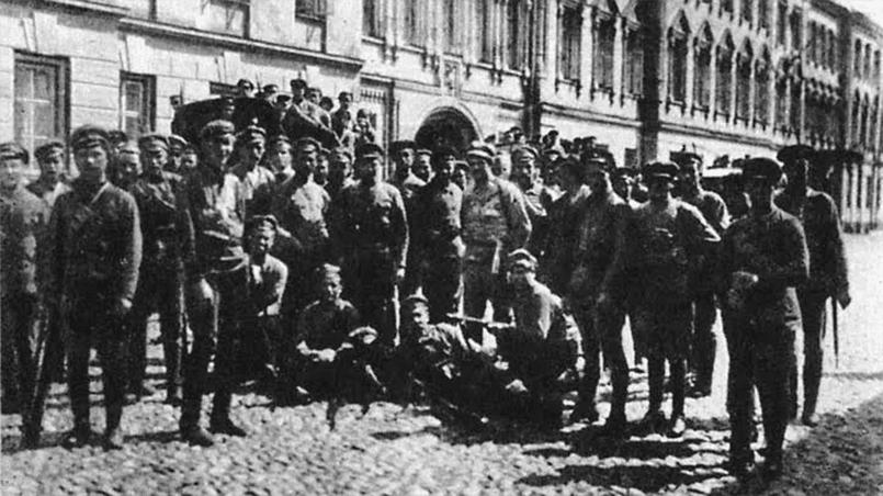 Латышские стрелки из 9-го полка, участники подавления левоэсеровского бунта в Москве