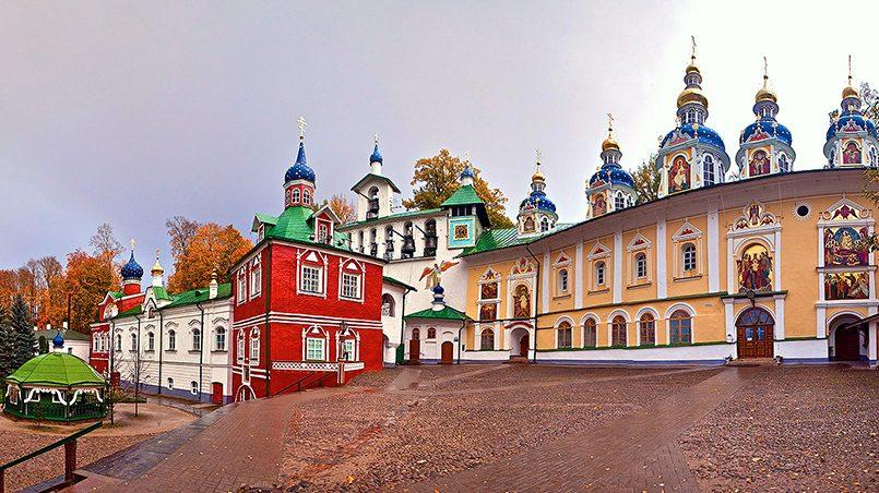 Псково-Печерский монастырь / Фото: Православный Календарь