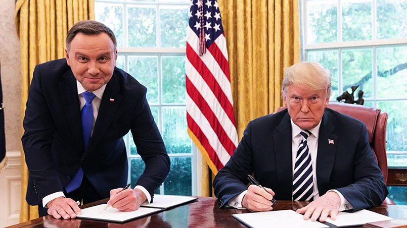 Президенты Польши и США Анджей Дуда и Дональд Трамп / Фото: Известия