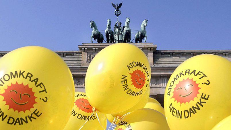 Под давлением движения «зеленых» Германия выводит из эксплуатации свои АЭС. Фото: n-tv.de