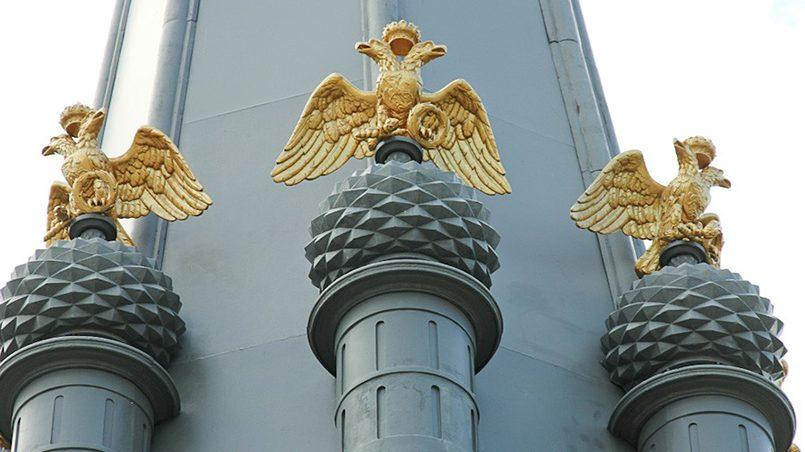 Памятник героям Отечественной войны 1812 года в Полоцке / Фото: holiday.by