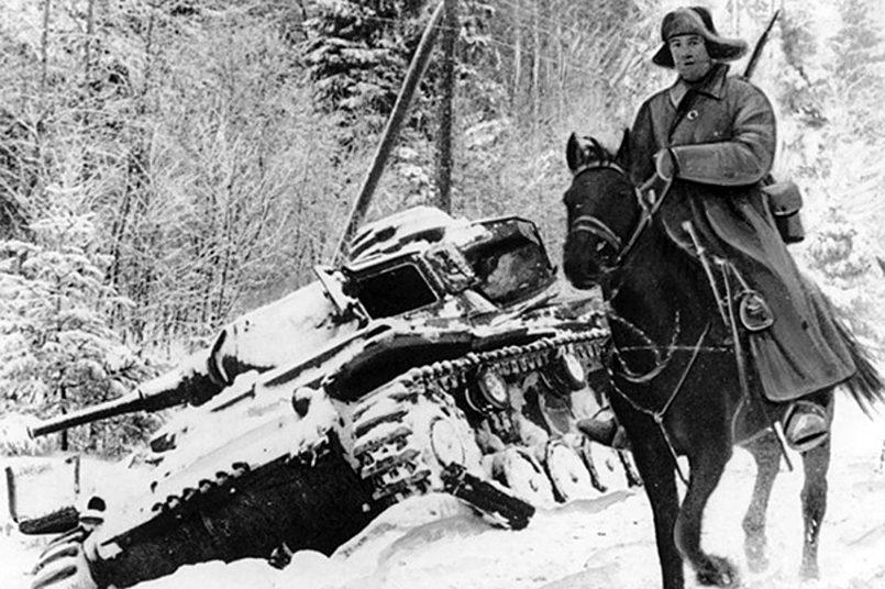 Кавалерист Красной армии в тылу у немцев / Фото: voenpravda.ru
