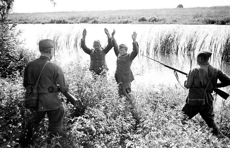 Вечером 21 июня к советским пограничникам явился перебежчик — немецкий фельдфебель: война начнется 22 июня
