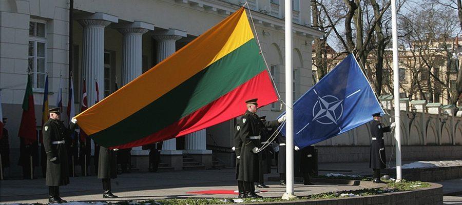 Литва и НАТО: от подготовки «невесты» до «отработанного материала»