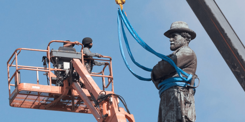 War On Monuments in USA: American Society is Reconsidering their Origins