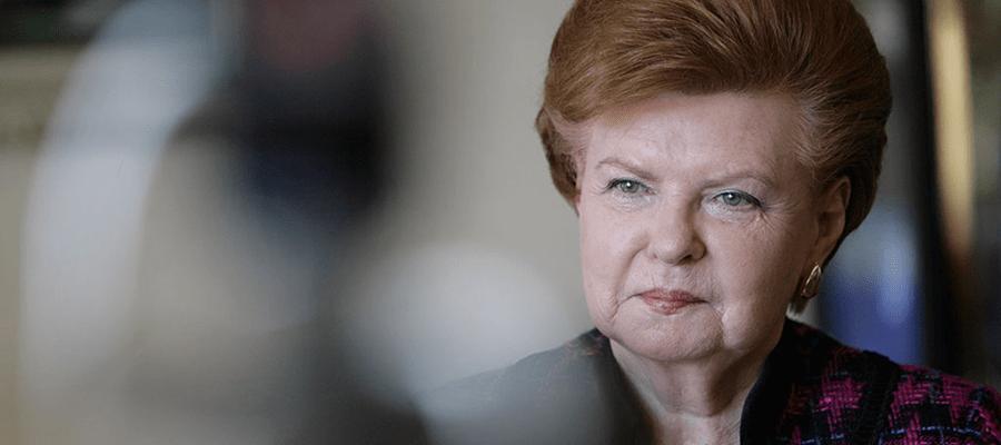 Экс-президент Латвии обвинила «руку Москвы» в лишении её «люксовой» могилы