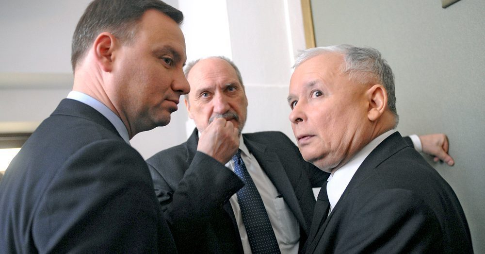 Gambit Kaczyńskiego. Czyli co oznacza rekonstrukcja polskiego rządu?