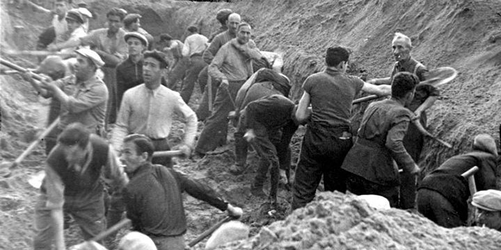 «Взрослых расстреливали, детей убивали о стволы деревьев»: массовые убийства советских граждан в Литве в августе 1941 г.
