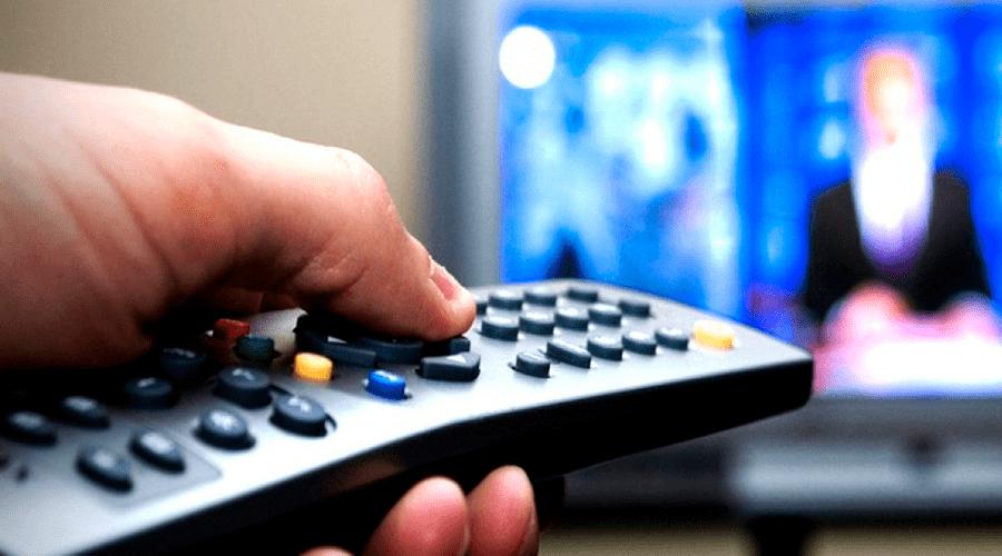 Киевские власти взялись за украинизацию ТВ