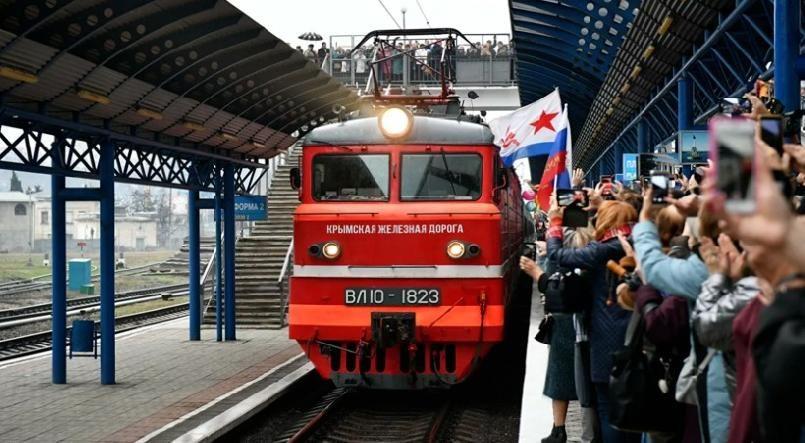 Нарушен суверенитет: Украина возбудила дело из-за поезда в Крым