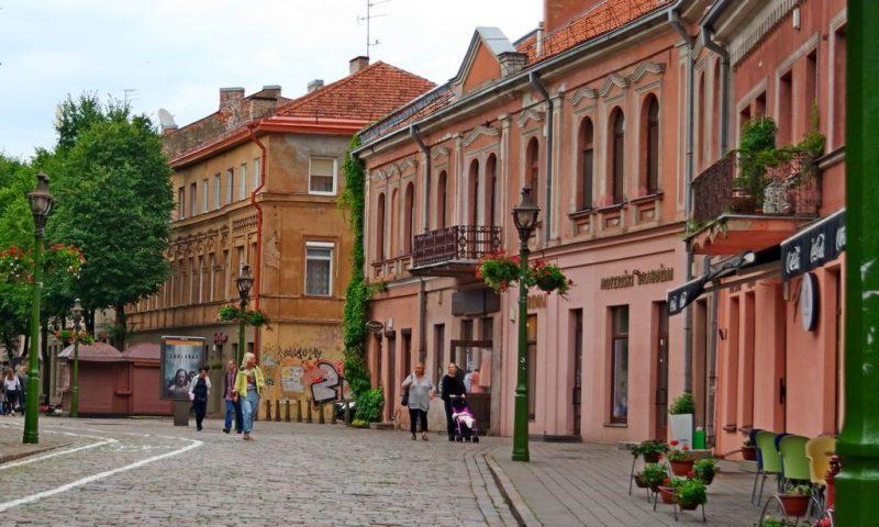 Эстонец иукраинец подрались напочве политики: один помочился на 2-го