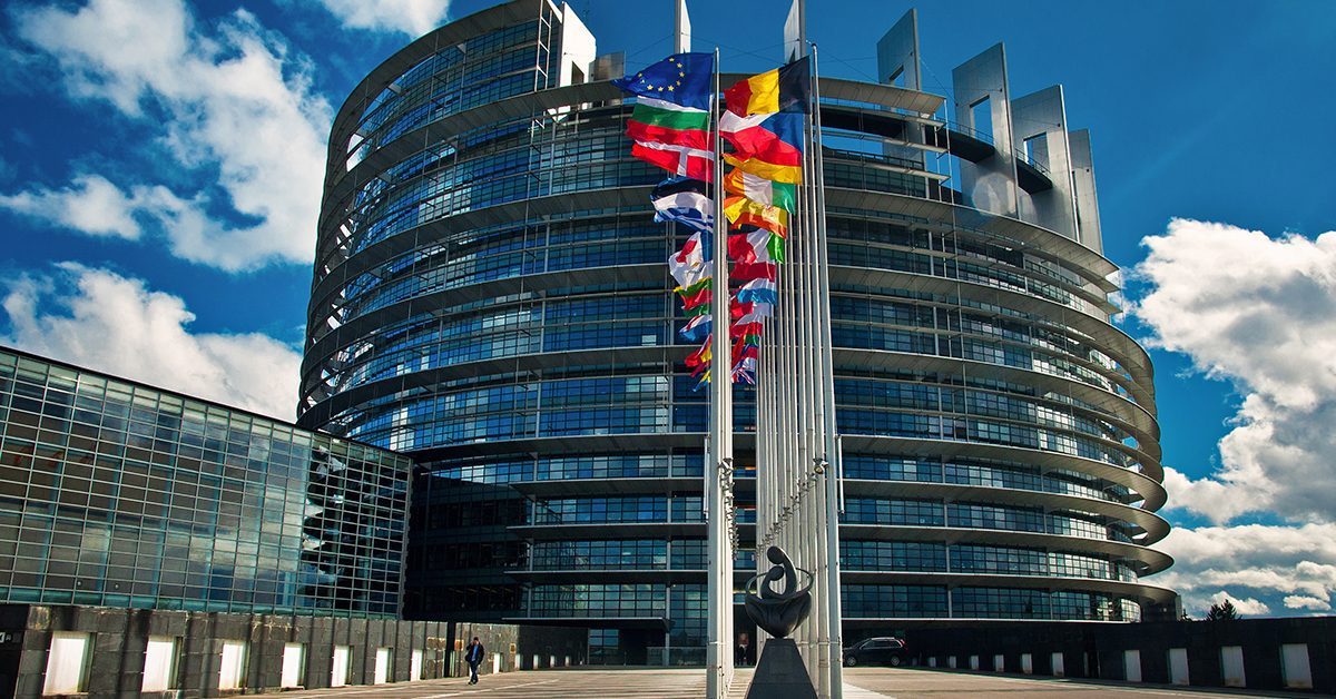 Депутат Европарламента: сговор элит заставляет ЕС молчать о репрессиях в Прибалтике