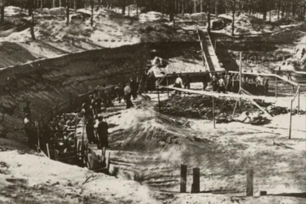 «Палки по рукоятки были в крови и кусках человеческого мяса»: Понары — литовский Бабий Яр