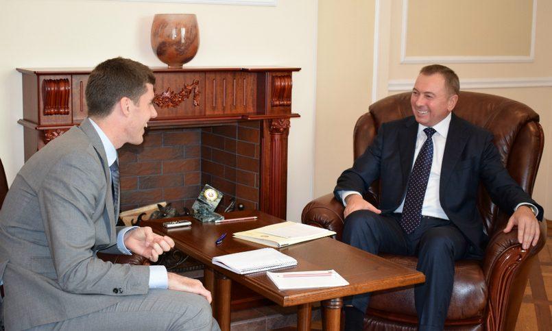 Макей винтервью газете Financial Times: Беларусь стремится проводить достоверно независимую политику