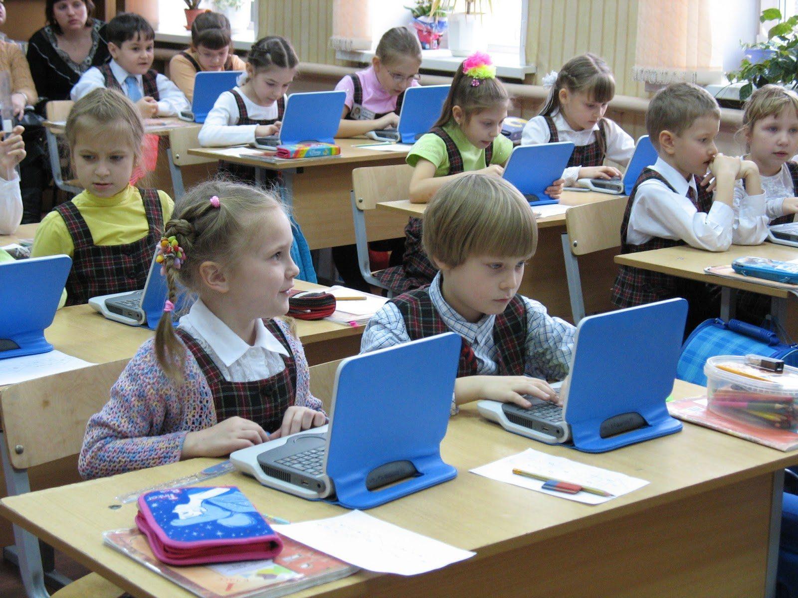 Как на протяжении первого десятилетия 2000-х годов в России изменялась среда обучения дошкольников чтению