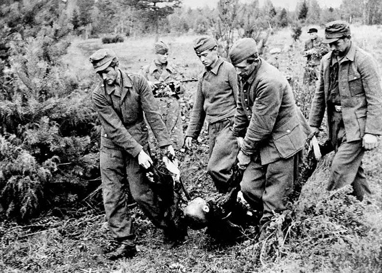 Лагеря смерти в Эстонии: «несчастных тянули в ров вместе с умершими и хоронили живыми»