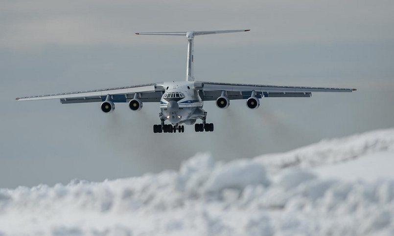 Шойгу объявил опервых современ СССР военных полетах через Северный полюс