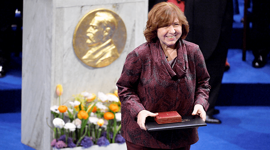 Нобелевская лауреатка Алексиевич — воплощение национализма и русофобии