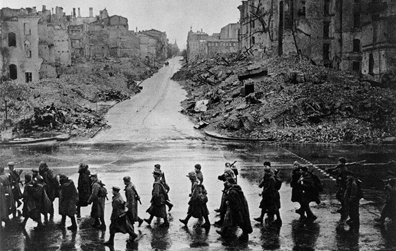 Освобождение Киева глазами немецкого врача и советского генерала