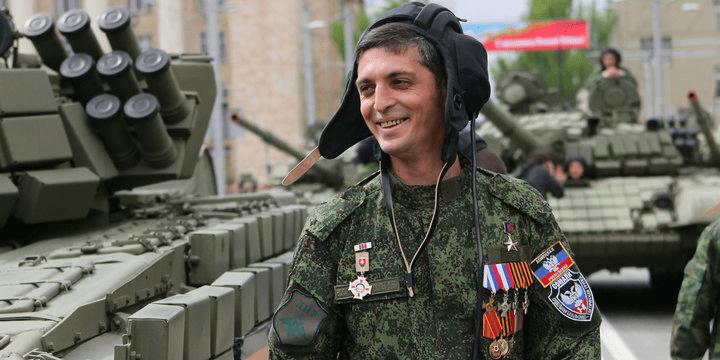 Андрей Бабицкий: Кому нужна гибель Гиви?