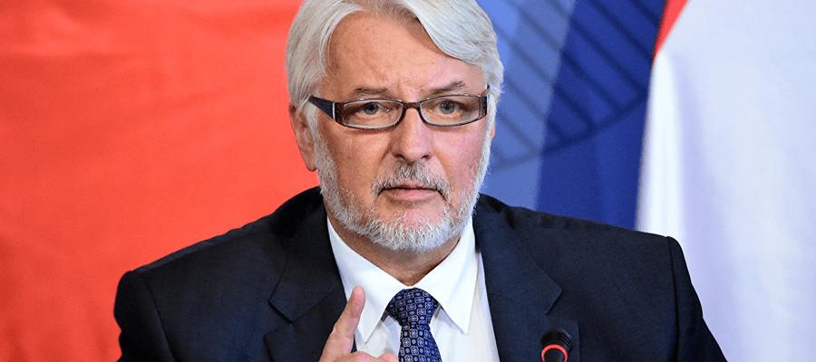 Бывший и нынешний главы МИД Польши поспорили из-за России