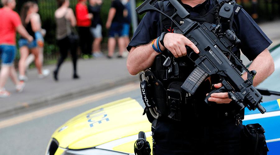 Запад столкнулся с контртеррором против мусульман