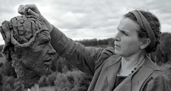 Русские в Латвии: скульптор Вера Мухина