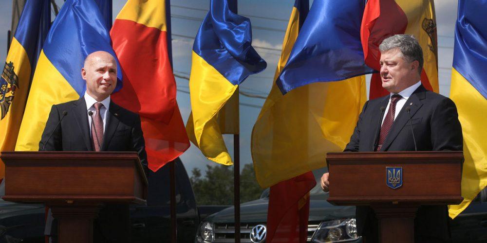 Парламент Молдавии решил, что ненуждается больше впомощи русских миротворцев