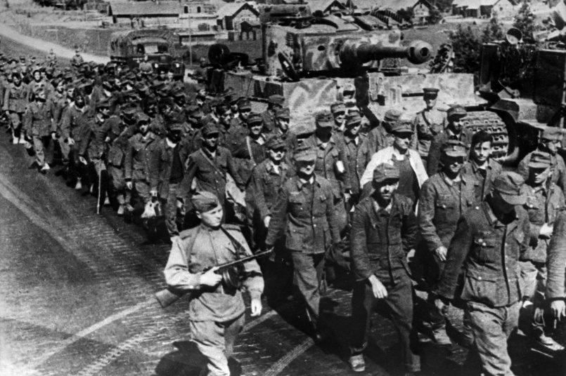 «Немецкий генерал прикидывается солдатом, а солдаты, уверяют, что они обозники или санитары»: освобождение Минска советскими войсками
