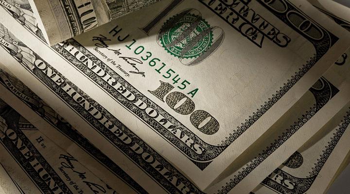 В 2010 году Верховный суд США постановил, что корпорации и НКО могут давать кандидатам неограниченные суммы денег на проведение кампаний.