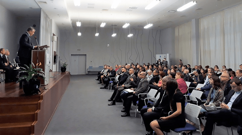 Участников форума приветствовал губернатор Александр Дрозденко