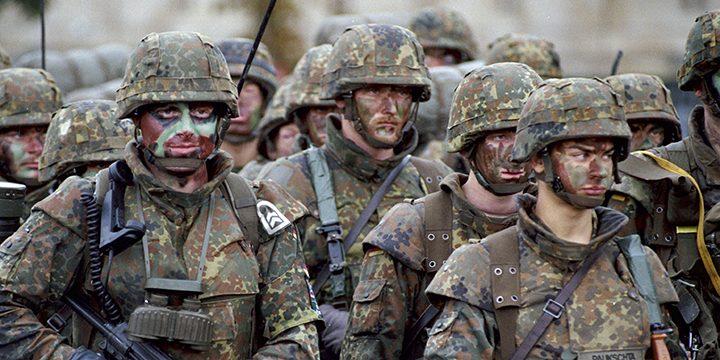 Солдаты НАТО на совместных учениях
