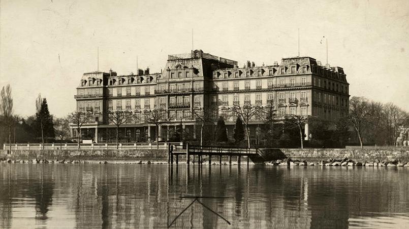 Штаб-квартира Лиги Наций, во Дворце Наций на берегу Женевского озера в Швейцарии, 1920 год
