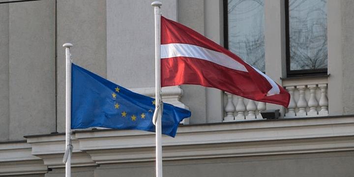 Рекордно щедрым на дополнительное материальное поощрение латвийских чиновников выдался 2015 год, когда страна председательствовала в ЕС