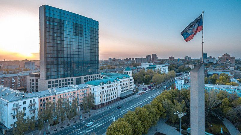 Наземный транспорт в Донецке является основным и единственным / Фото: donpress.com