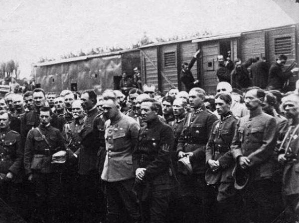 Ю. Пилсудский и С. Петлюра, 1920 (Винницкая директория)