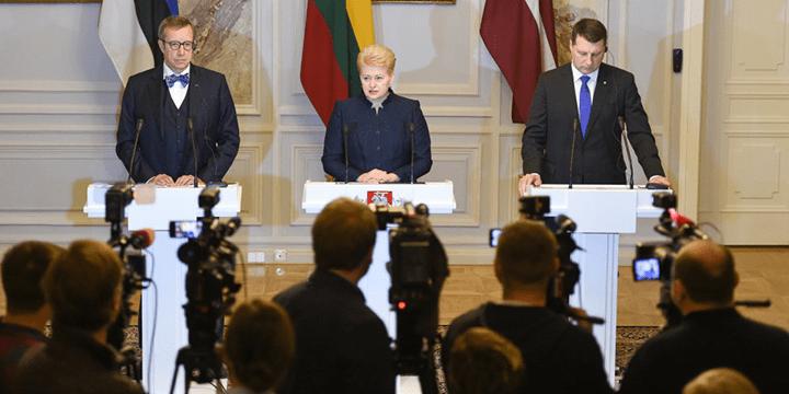 Президенты Эстонии, Литвы и Латвии – Ильвес (бывший президент), Грибаускайте и Вейонис